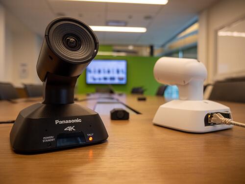 PTZ камера Panasonic AW-UE4 (4K UHD, 4x, USB-C)
